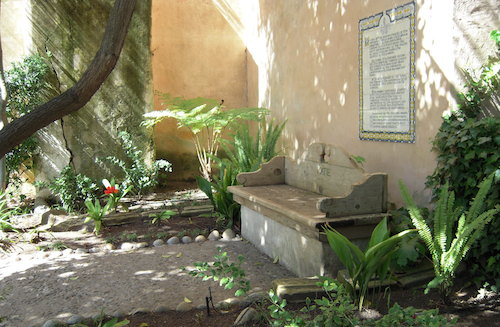 Prayer bench in Mission San Carlos Borromeo